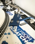 Ortofon OM Scratch White on SH-4 Blue headshell