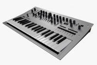 Korg Minilogue analoger Syntesizer